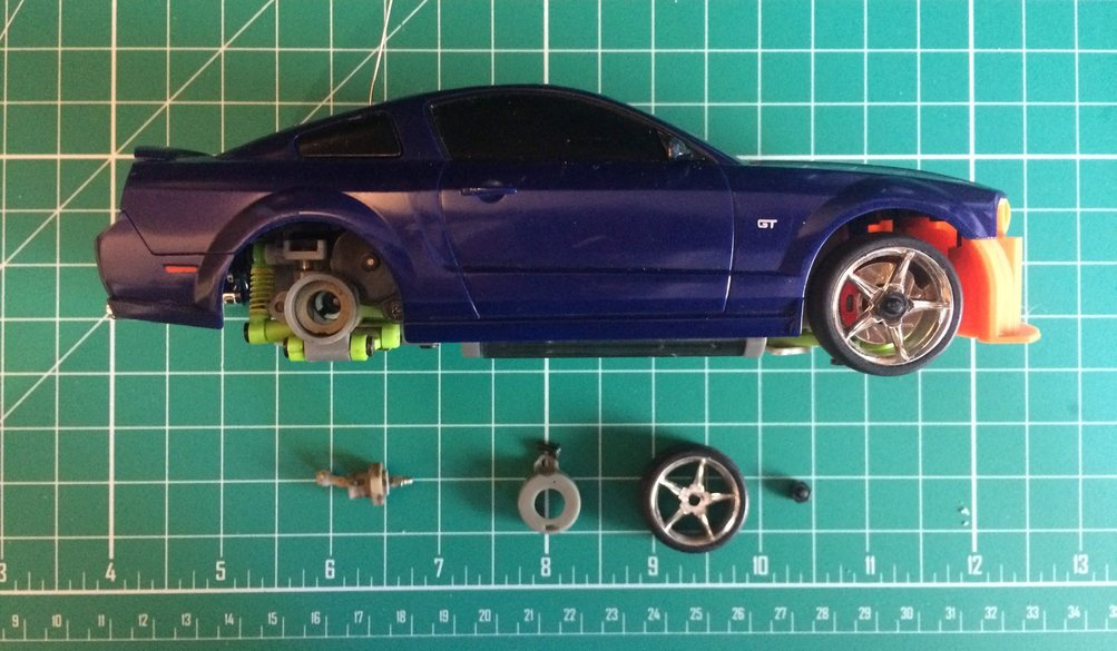Car with disassembled wheel hub
